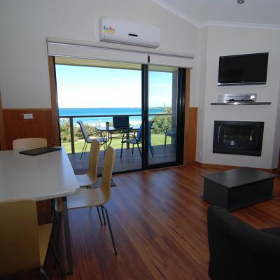 BIG4 Apollo Bay Pisces Ocean Spa Living Area Views